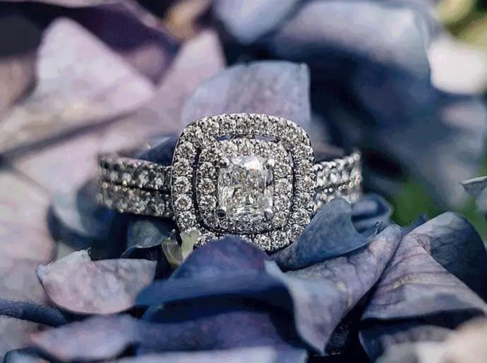 Learn about cushion-cut diamonds