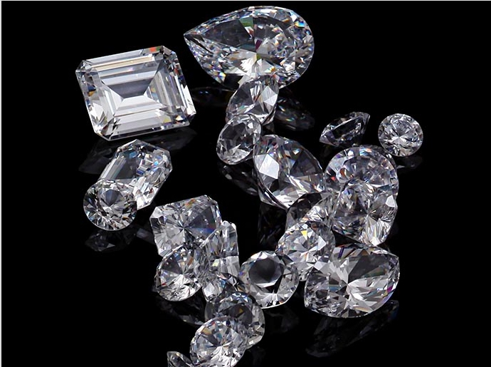 Learn about the different diamond shapes