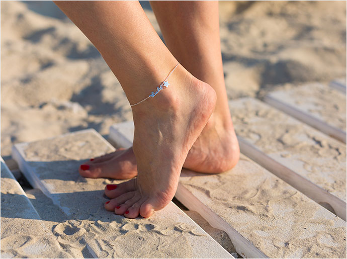 Learn about bracelets and anklet styling basics